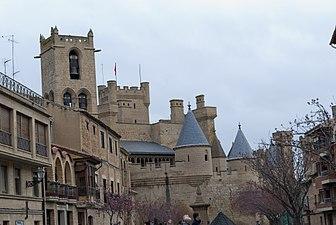 Panoramica Castillo de Olite.jpg