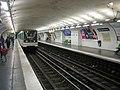 Paris-Metro-maraichers1.jpg