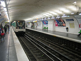 Paris-Metro-maraichers1.jpg
