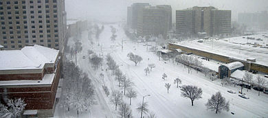 Pentagon City Feb 2010 snow storm Panorama 2.jpg