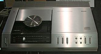 Sony CDP-101 - Philips's CD-100