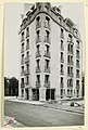 Photograph, Photograph of Apartment Building Designed by Hector Guimard (No. 3), 1911 (CH 18387421-2).jpg