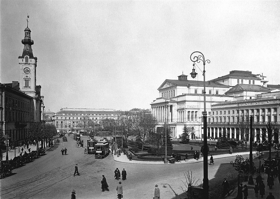 Theatre Square (Warsaw)