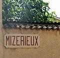 """Plaque """"Mizérieux"""" à Misérieux (Ain).JPG"""