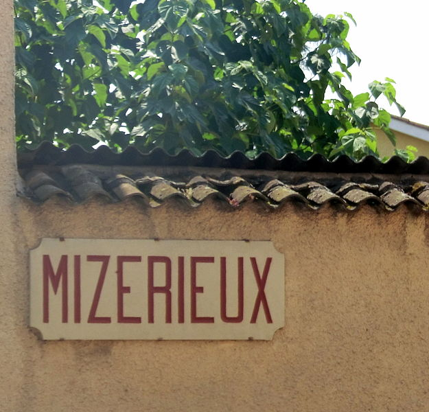 """Plaque """"Mizérieux"""" (avec un z à Misérieux (Ain)"""
