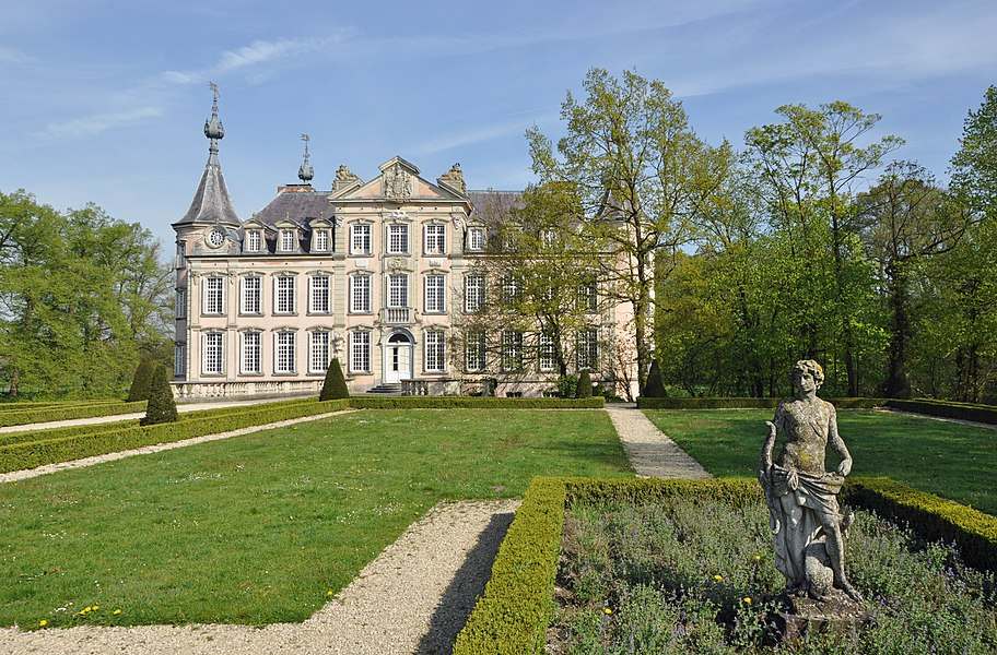 Poeke (Belgium): the castle