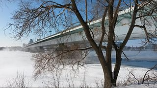 bridge in Montreal that carries avenue Pierre-Dupuy across the Saint-Lawrence River