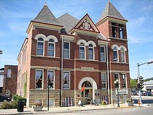 Pontiac, Illinois - Pontiac City Hall and Fire Station