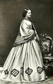 Porträtt av friherrinnan Karin Sofie Adlersparre f. Leijonhufvud (Esselde) - Nordiska Museet - NMA.0041102.jpg