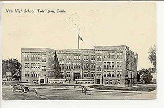 Torrington High School - Image: Postcard Torrington CT High School 1915