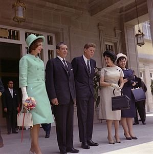 President John F. Kennedy and First Lady Jacqueline Kennedy meet with the president and first lady of Mexico.jpg
