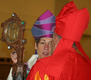 English: Presiding Bishop Katharine Jefferts S...