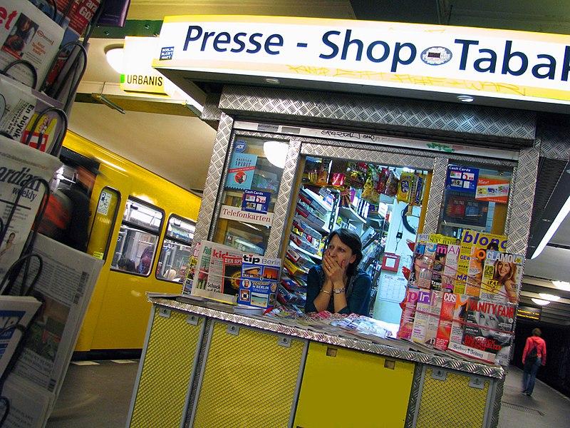 File:Presse Kiosk.jpg