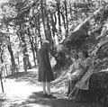 Prime Minister Jawaharlal Nehru with Edwina and Promila Mountbatten during their holiday in Simla.jpg