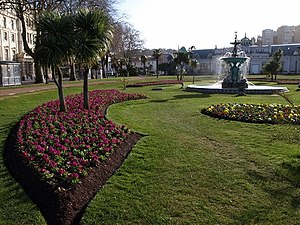 English: Princess Gardens, Torquay A bed of pr...