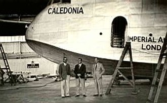 Charles Raymond Gurney - Bob Gurney (R) with Lester Brain and Bill Crowther in England, training on Empire Flying Boats