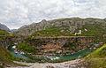 Río Moraca, norte de Podgorica, Montenegro, 2014-04-14, DD 10.JPG