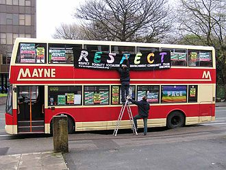 Respect Party - Respect campaigners decorating a bus in Manchester for the 2005 elections