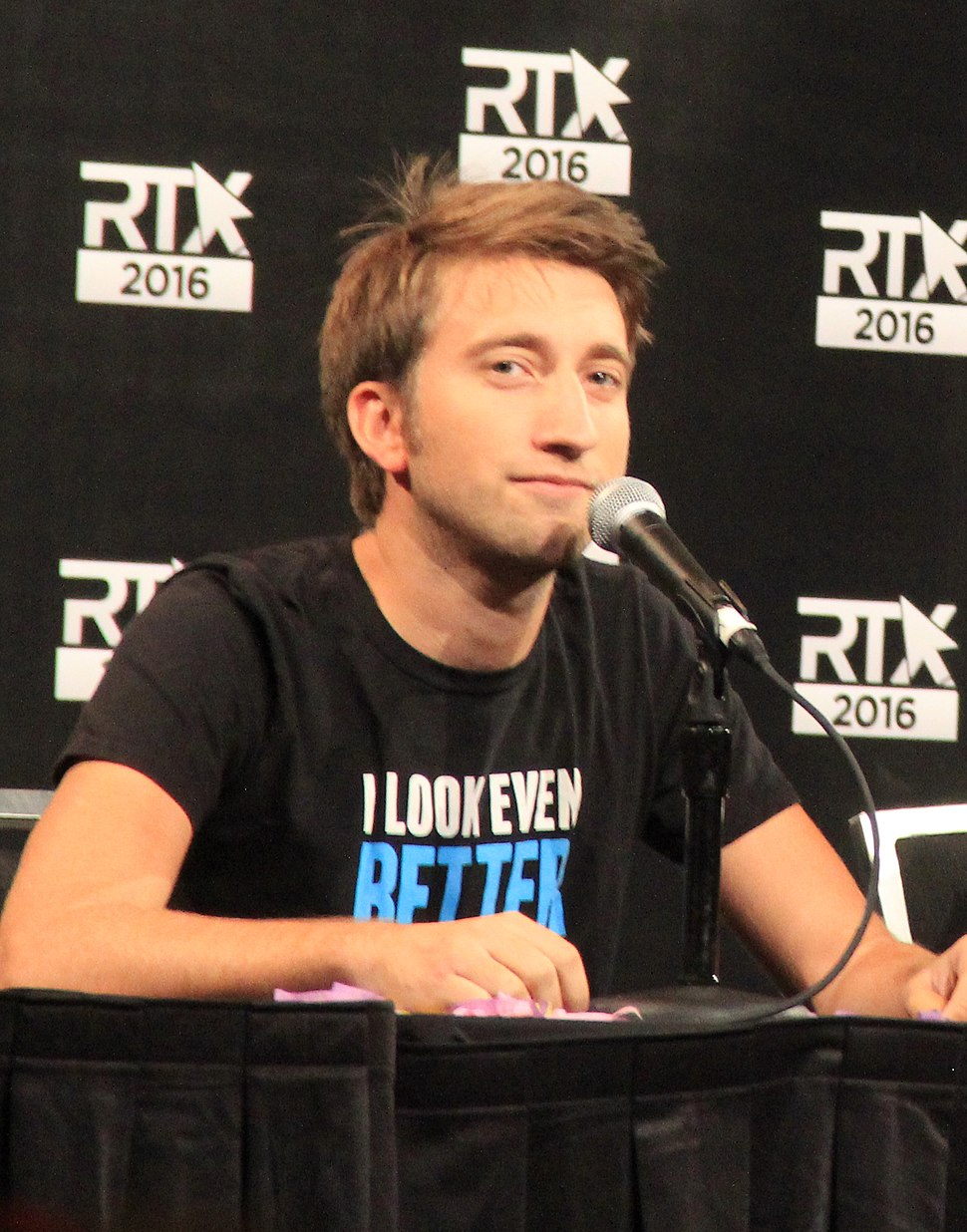RTX 2016 - Slow Mo Guys panel (27983596082)(cropped)