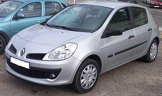 Oyak-Renault - Image: Renault Clio 2006 silver vl