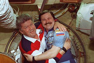 Nikolai Budarin - Image: Riumin i Budarin na poładzie Mira