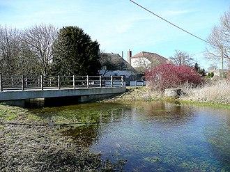 Newton Tony - Image: River Bourne at Newton Tony 2 geograph.org.uk 1736077