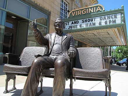 A statue of Ebert giving his 'thumbs up' outside the Virginia Theatre in Champaign, Illinois Roger Ebert Statue, Virginia Theater (Champaign).JPG