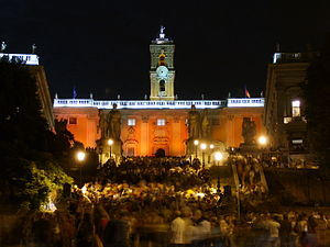 White Night festivals - The crowded steps of the Campidoglio in Rome during the 2006 Nuit Blanche