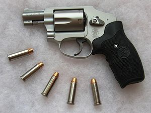 Smith & Wesson Safety Hammerless - Image: S&W642