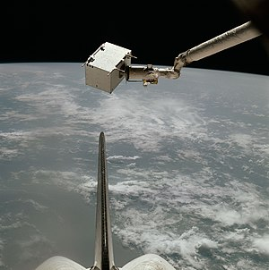 STS-4 - Image: STS 4 Induced Environment Contaminant Monitor