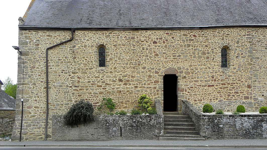 Chapelle des Haies en Saint-Berthevin-la-Tannière (53). Costale sud de la nef.