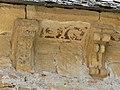 Saint-Côme-d'Olt chapelle Pénitents modillons (2).jpg