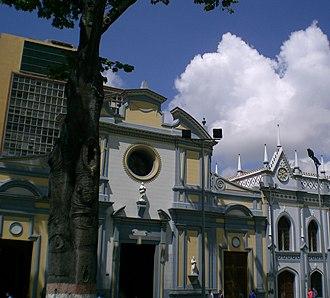 Iglesia de San Francisco (Caracas) - San Francisco Church and the legendary San Francisco Kapok