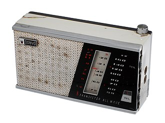 Transistor radio - Sanyo 8S-P3 transistor radio, which received AM and shortwave bands.