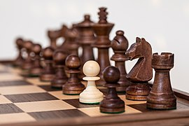 Schachfiguren, Ausreißer -- 2021 -- 9665.jpg