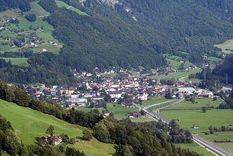 Schiers (Rhaetian Railway station) - Schiers, showing the rail line through the village