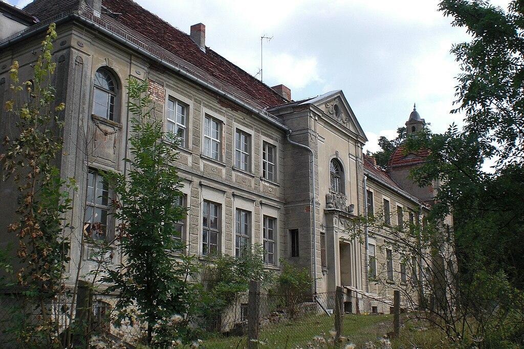 Schloss Krampfer, Gartenseite.jpg