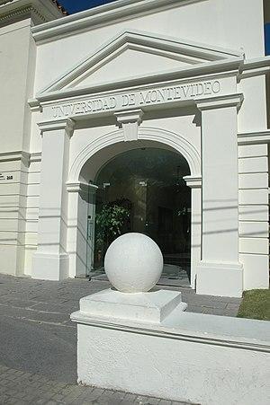 Universidad de Montevideo - Image: Sede centralum