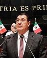 Senador Alejandro González Yáñez en el pleno.jpg