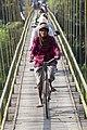 Sepeda Melintas Jembatan Pundong.jpg