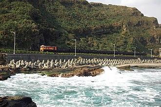 EMD GA18 - Image: Shenao coal train