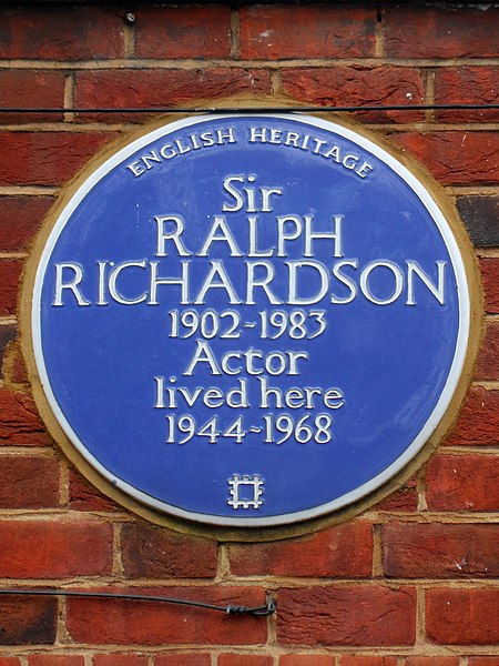 File:Sir Ralph Richardson 1902-1983 actor lived here 1944-1968.jpg