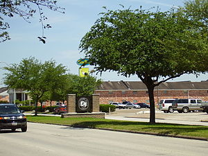 Southside Place, Texas - A sign with Southside Place's logo
