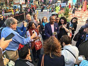 Sreenath Sreenivasan - Sree Sreenivasan teaching a social media class in Times Square, NYC