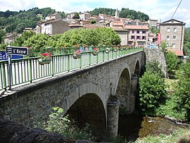 The bridge over the Eysse, in Saint-Martin-de-Valamas