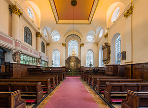 St Margaret Pattens - Image: St Margaret Pattens Interior 1, London, UK Diliff