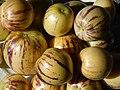 Starr-140402-0161-Solanum muricatum-fruit-Hawea Pl Olinda-Maui (24873917119).jpg