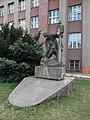 Statue Vyhybkar.jpg