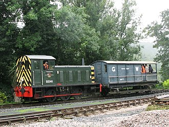 British Rail Class 04 - Image: Staverton D2246 and Toad 68777