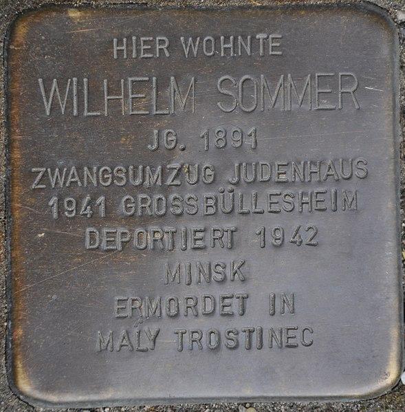 Datei:Stolpersteine Euskirchen-Kuchenheim, Wilhelm Sommer (Kuchenheimer Str. 115).jpg